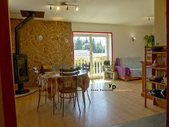 maison à Saint-Agrève (07)