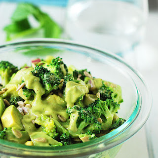 Creamy Broccoli Detox Salad