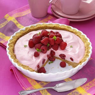 Marshmallow Raspberry Pie