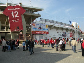 Photo: 25/04/09 v Real Murcia (Spain SD) 3-0 - contributed by Leon Gladwell