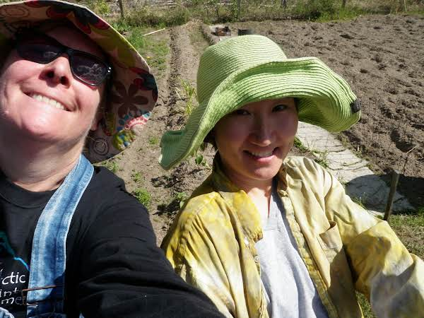 Until I Get A Good Photo Of This Sauce, Here Is Me And My Friend Linda At The Fairbanks Community Garden.  I Grew Some Enormous Zucchs Here.....like To The Tune Of 15 And 20 Lbs.  I Can't Tell You How Many I Have Shared With Friends Here Over The Years.