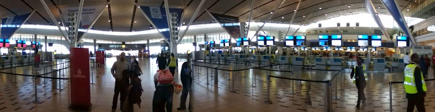 Photo: Cape Town airport new departure hall