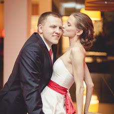 Wedding photographer Mikhail Ageev (EmotionStudio). Photo of 28.03.2013