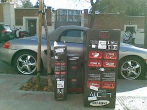 Photo: Cajas d TV LED d 55 pulgadas, 40 y 32 + Porsche,aqi hay pasta :)