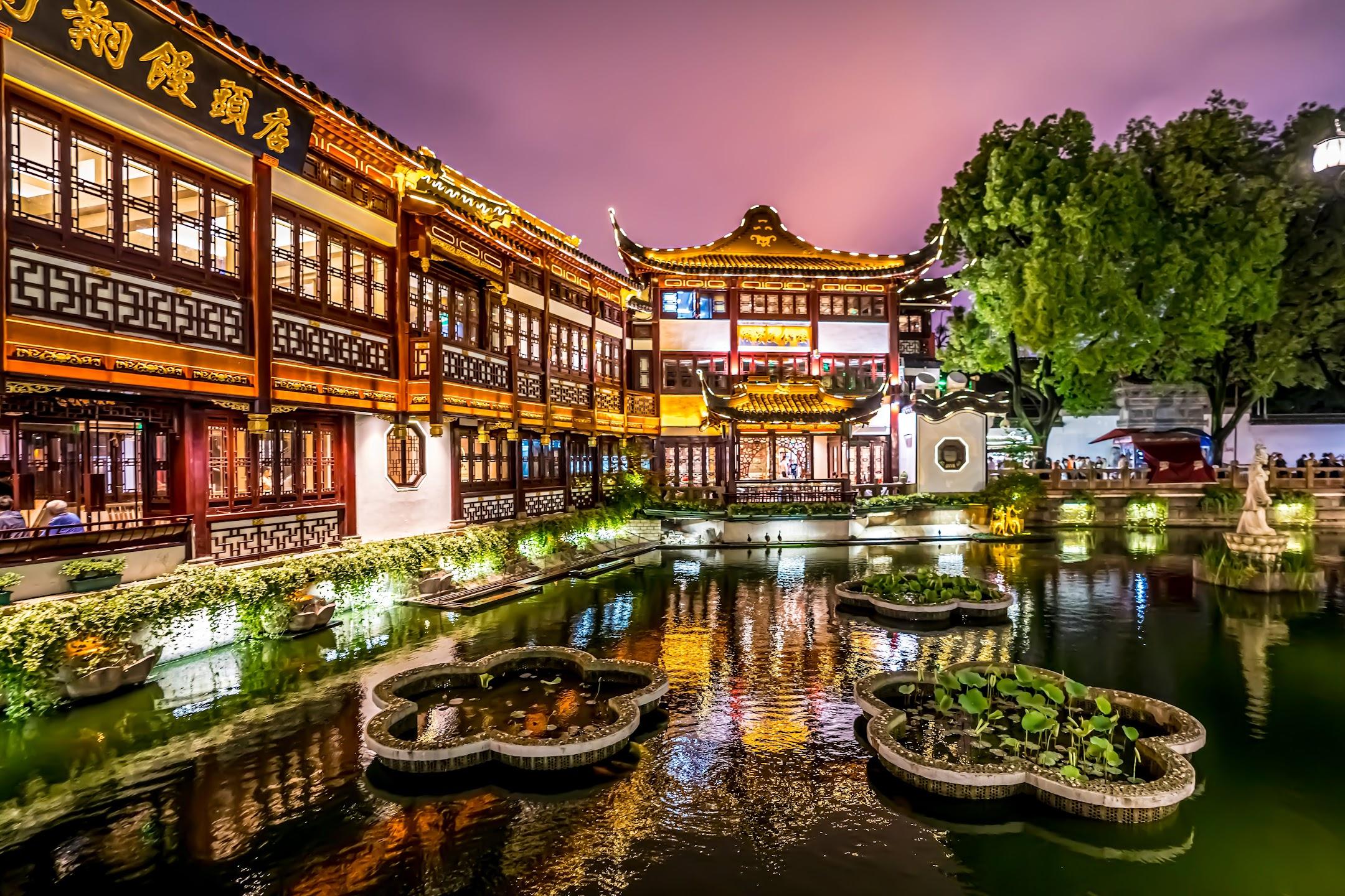 上海 豫園 南翔饅頭店 ライトアップ4