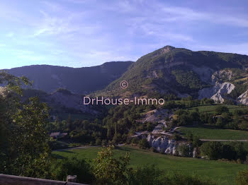 maison à Saint-benoit (04)