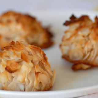 Paleo Coconut Macaroons.