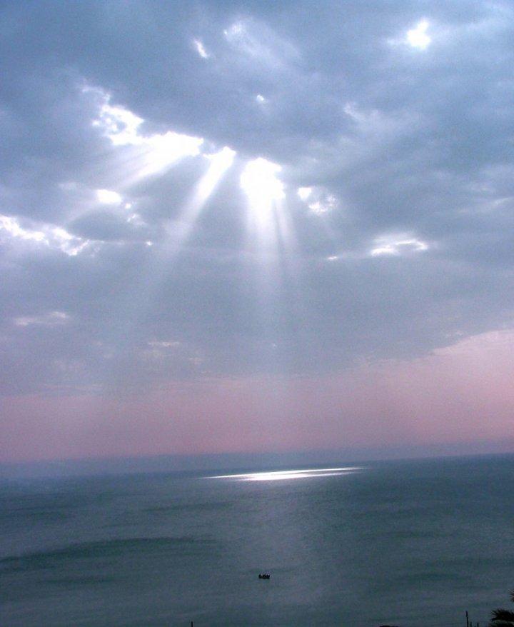 Raggi sul mare di Valdir
