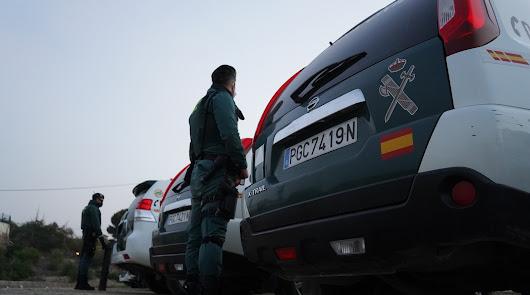 La Guardia Civil registra 12 viviendas en una macrooperación contra el hachís