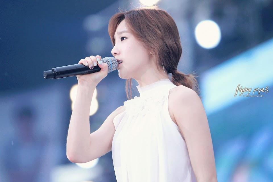 taeyeon singing