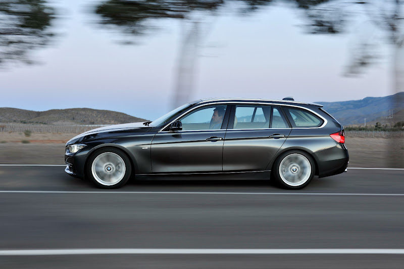 """Photo: """"Auto Zeitung"""" readers vote for the new BMW 3 Series and the BMW 1 Series Convertible as their favourites. The BMW brand campaign """"Dynamic performance starts in the mind"""" wins the """"Best Advertising"""" category.  http://press.bmwgroup.com/usjr2"""
