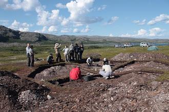 Photo: Рядом с нашим лагерем находился лагерь археологов ,которые проводили раскопки древнего поселения .