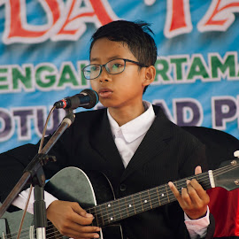 Ahnaf sing by Rahman Hanifan - Babies & Children Children Candids