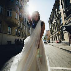 Wedding photographer Vasiliy Tikhomirov (BoraBora). Photo of 14.03.2015