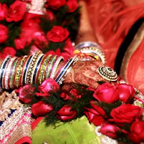 Wedding ceremony by Anurag Bhateja - Wedding Ceremony ( hands, wedding, india, bride, groom )