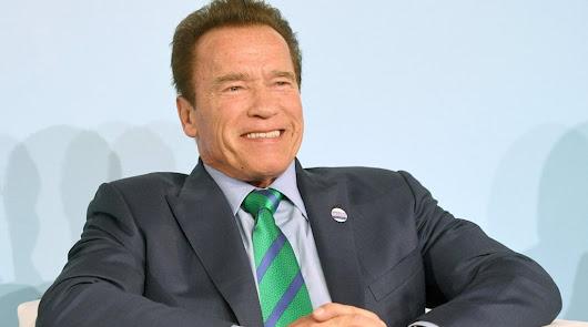 """Arnold Schwarzenegger carga contra los negacionistas: """"Sois idiotas"""""""