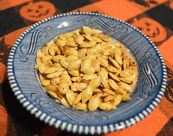 Roasted Butter-seasoned Pumpkin Seeds Recipe