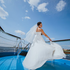 Wedding photographer Elena Zhukova (Moonya). Photo of 31.01.2014