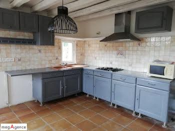 maison à Moutiers-au-Perche (61)