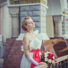 Wedding photographer Artem Zhukov (Zhukoof). Photo of 01.05.2014