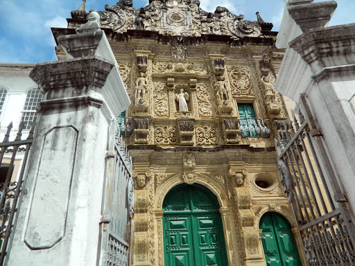 church-closeup.jpg - The front of the Cathedral Basilica of Salvador. An earlier version of the cathedral dates to the 1550s; this one goes back to the late 1600s.