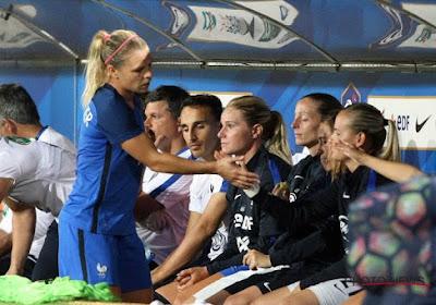 Dappere vikingmeiden zien puntje afgesnoept na dubieuze penaltyfases