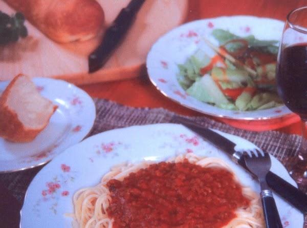 Vino Spiked Spaghetti Recipe