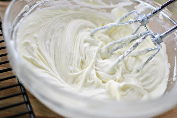ICING:Cream the butter and icing sugar together until well mixed.Add the cream cheese in...