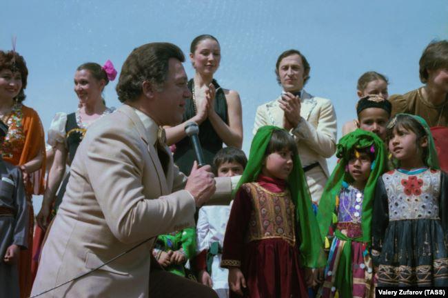 Выступление Иосифа Кобзона в Кабуле, Афганистан. 1985 год