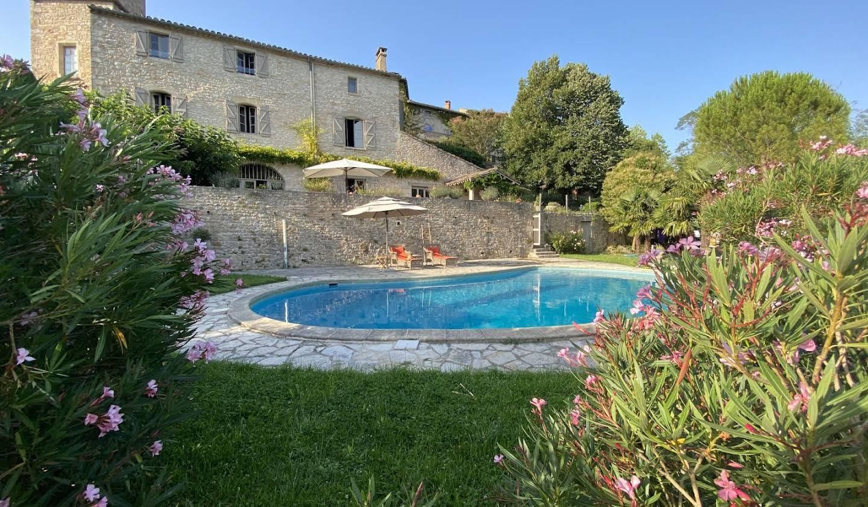 Maison avec piscine et jardin Bruniquel