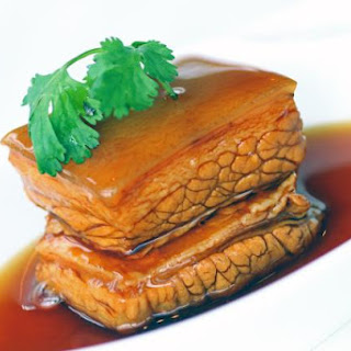 Classic Recipe for Japanese Braised Pork Belly (Buta no Kakuni)
