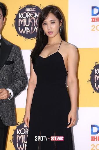 yuri gown 32