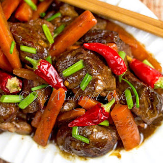 Slow Cooker Sichuan Beef & Carrots.