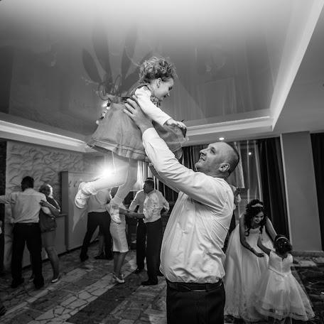 Wedding photographer Ján Saloň (jansalonfotograf). Photo of 17.11.2017