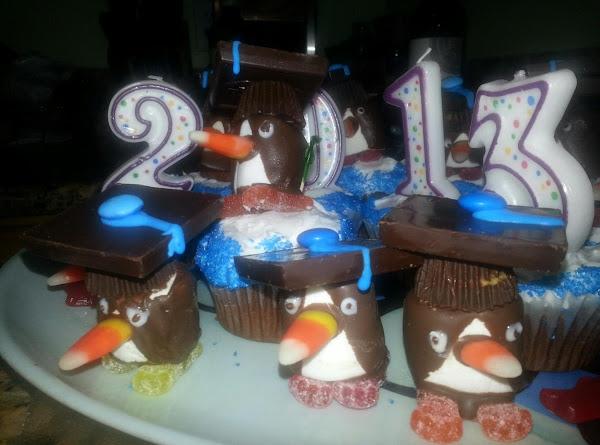 Graduation Penguin Cupcakes Recipe