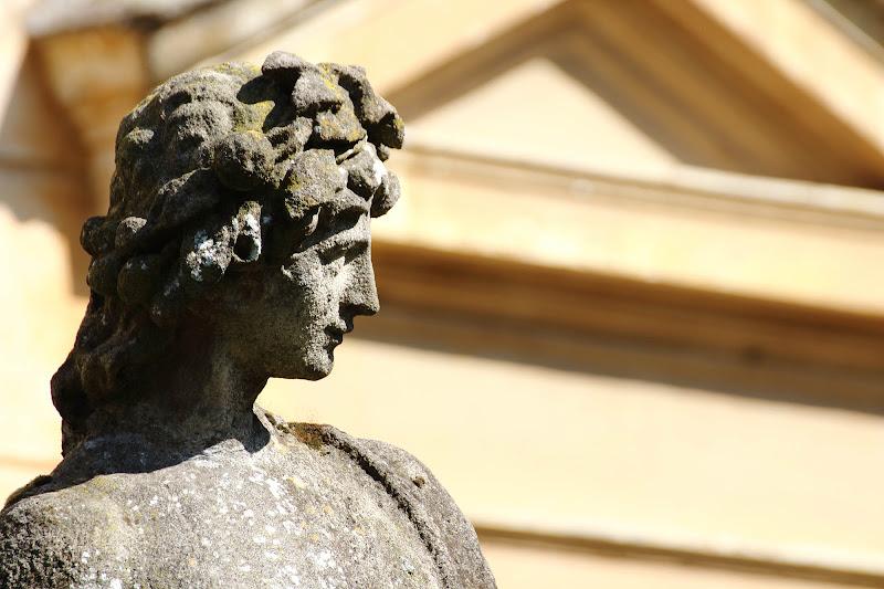 Statua di P.M Photo
