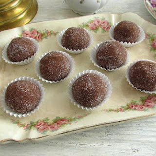 Chocolate Balls Without Condensed Milk Recipes.