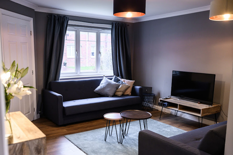 South West Glasgow Apartment