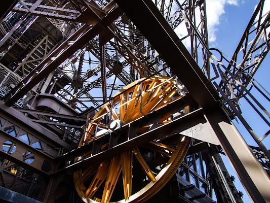 Nella Tour Eiffel di Giò Volpi