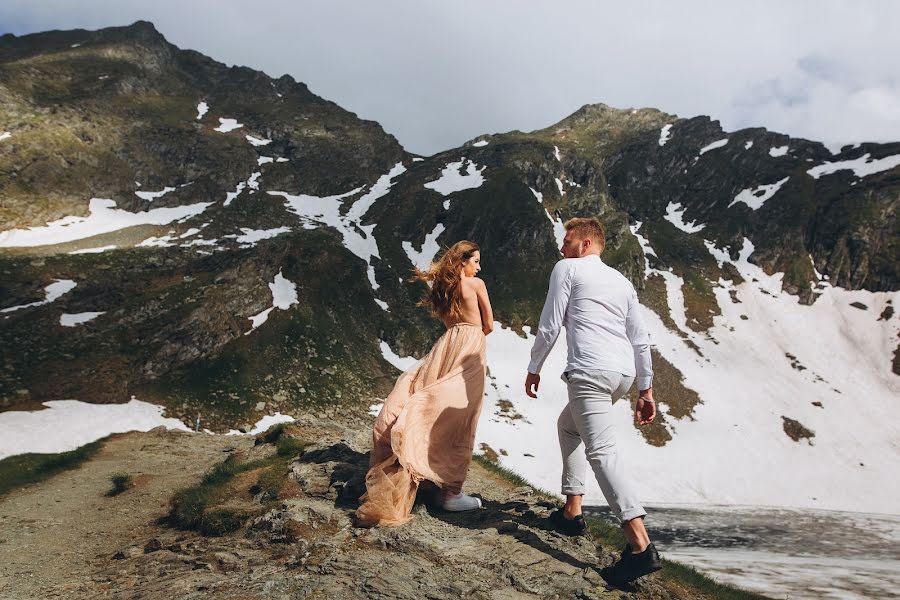 Wedding photographer Vasili Kovach (Kovach). Photo of 20.08.2019