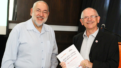 Professor Barry Dwolatzky (left), director of the JCSE at Wits University, and Adrian Schofield, production consultant at IITPSA.
