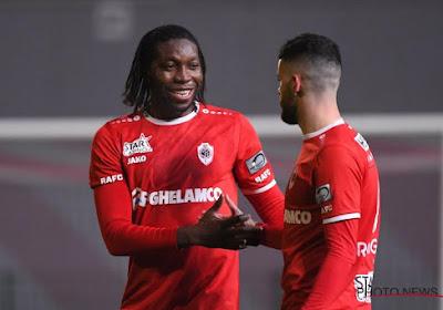 Bölöni n'est pas content concernant les rumeurs d'un retour de Mbokani à Anderlecht
