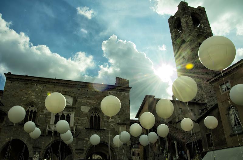 Bergamo Alta,Piazza Vecchia,Baloons di Cperso