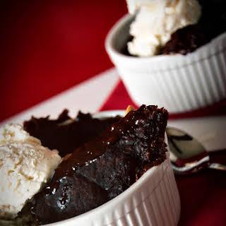 Slow Cooker Triple Chocolate & Peanut Butter Cake.