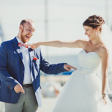 Wedding photographer Yuriy Slavin (Banzzi). Photo of 14.12.2014