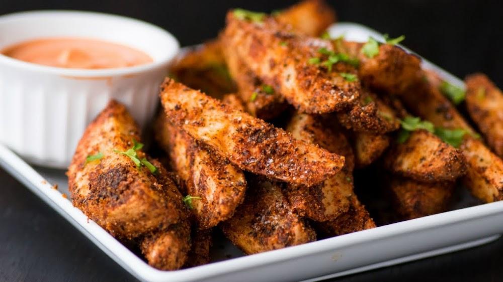 best-snacks-with-beer_cajun_spiced_potato_wedges