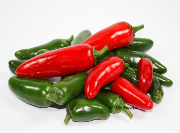 *Before starting, if your hands are sensitive to the heat of the peppers, please...