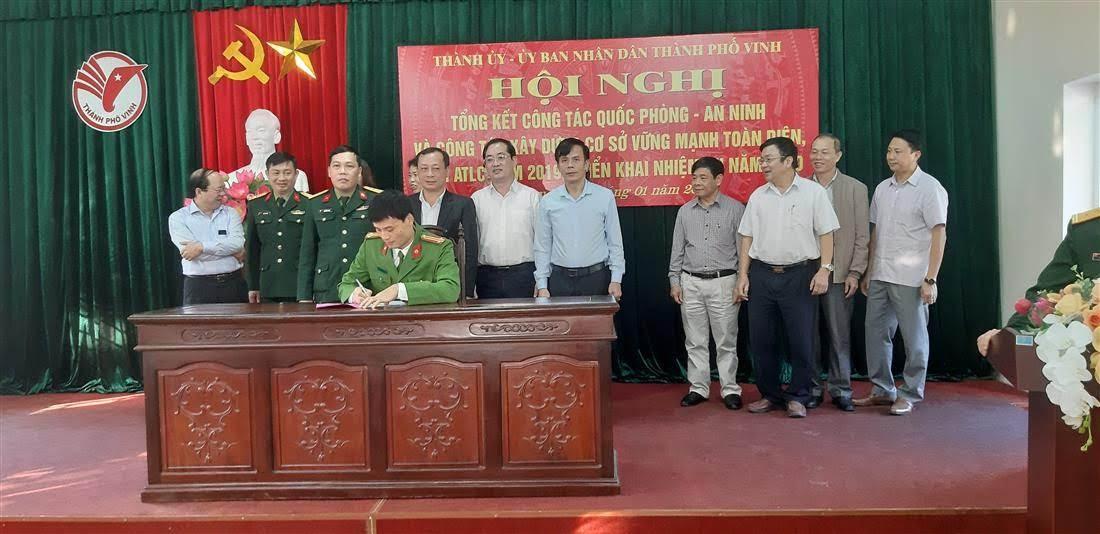 Ký kết văn bản phối hợp giữa Ban Chỉ huy Quân sự TP với các ban ngành đoàn thể.