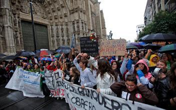 Photo: SEV.18/10/2012.-Manifestación de estudiantes.Diario de Sevilla/Antonio Pizarro.