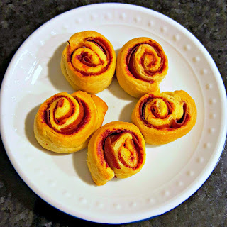 #FreakyFriday PicNic Pizza Pinwheels